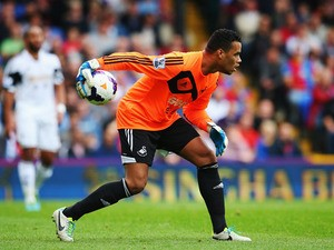 Michel Vorm of Swansea City throws the ball out during the Barclays Premier League match between Crystal Palace and Swansea City at Selhurst Park on September 22, 2013