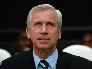 Newcastle manager Alan Pardew prior to kick-off in the match against Chelsea on November 2, 2013
