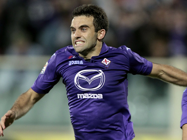 Fiorentina's Giuseppe Rossi celebrates after scoring the equaliser against Napoli on October 30, 2013