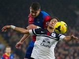 Everton's South African midfielder Steven Pienaar vies for the ball during the English Premier League football match between Crystal Palace and Everton at Selhurst Park in south London on November 9, 2013