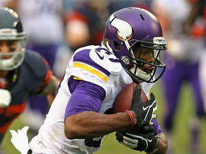 Minnesota Vikings' Jerome Simpson in action against Chicago Bears on September 15, 2013