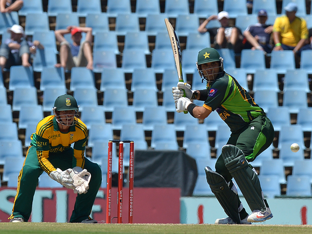 Pakistan's Misbah-ul-Haq bats during the ODI final between South Africa and Pakistan at SuperSport in Centurion on November 30, 2013