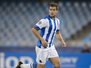 Inigo Martinez of Real Sociedad de Futbol in action during the UEFA Champions League group stage match between Real Sociedad de Futbol and Shakhtar Donetsk held on September 17, 2013