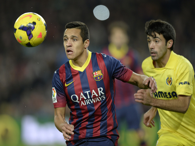 Barcelona's Chilean forward Alexis Sanchez (L) vies with Villarreal's defender Jaume Costa (R) during the Spanish league football match on December 14, 2013