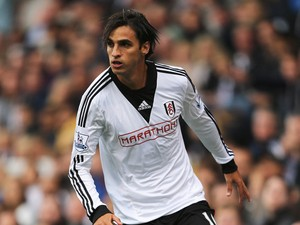 Bryan Ruiz of Fulham in action during the Barclays Premier League match between Fulham and Cardiff City at Craven Cottage on September 28, 2013