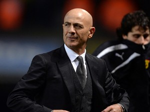 Manager Giuseppe Sannino of Watford after the final whistle of the Sky Bet Championship match between Ipswich Town and Watford at Portman Road on December 21, 2013