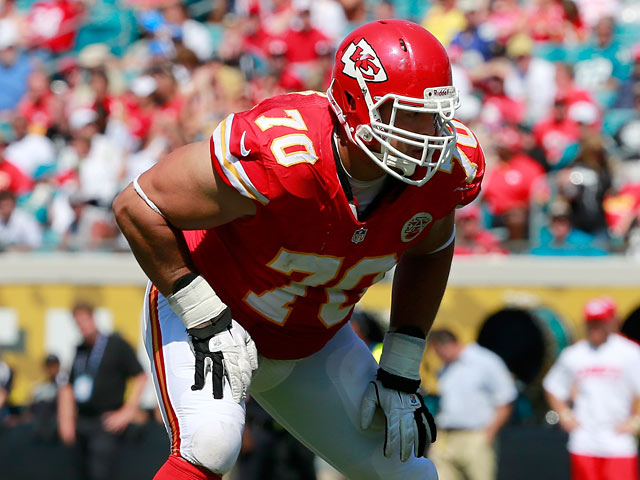 Mike DeVito #70 of the Kansas City Chiefs in action against Jacksonville Jaguars on September 8, 2013