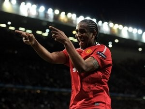 Anderson celebrates scoring for Manchester United on May 4, 2011.