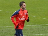 French L1 Paris Saint-Germain football club newly recruited midfielder Yohan Cabaye exercises during a training session at Camp des Loges in Saint-Germain-en-Laye, west of Paris, on January 30, 2014