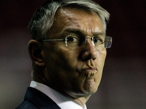 Reading manager Nigel Atkins looks on during the Championship match against Blackpool on January 28, 2014
