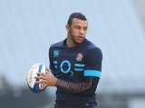 Courtney Lawes holds onto the ball during the England Captain's run at Stade de France on January 31, 2014