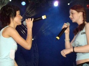 Russian pop duo TATU in 2003