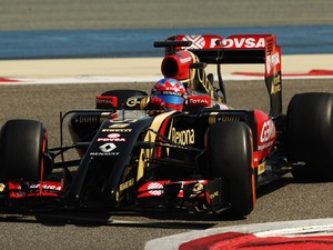 Romain Grosjean of France and Lotus drives during day two of Formula One Winter Testing at the Bahrain International Circuit on February 20, 2014