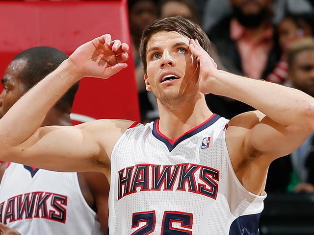 Kyle Korver #26 of the Atlanta Hawks against the Houston Rockets at Philips Arena on January 10, 2014
