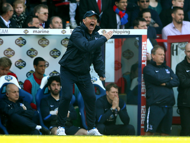 Tony Pulis the Crystal Palace manager shouts directions to his players during the Barclays Premier League match between Crystal Palace and Chelsea at Selhurst Park on March 29, 2014