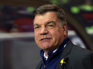 Sam Allardyce the West Ham manager looks on during the Barclays Premier League match between Sunderland and West Ham United at the Stadium of Light on March 31, 2014