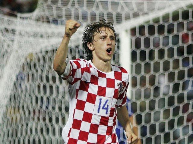 ผลการค้นหารูปภาพสำหรับ modric croatia world cup 2006