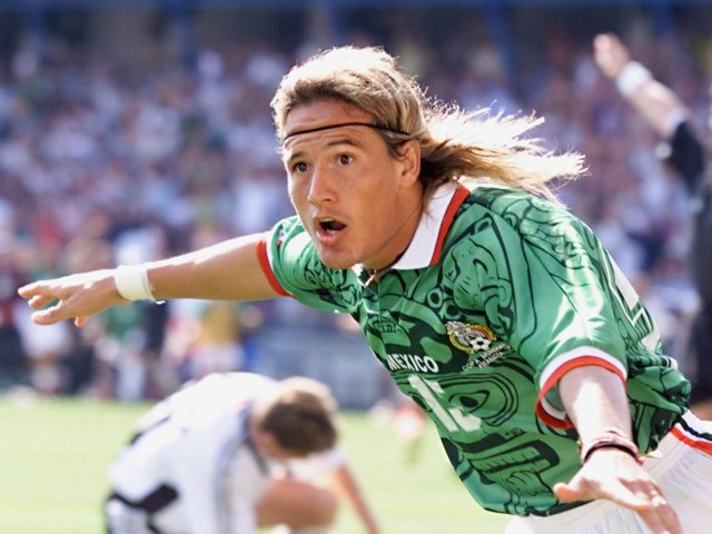 Fifa World Cup Countdown Top 10 Mexican Footballers Of All Time Sports Mole