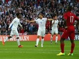Steven Gerrard congratulates Daniel Sturridge for scoring England's opener against Peru on May 30, 2014