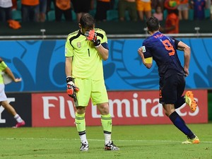 Iker Casillas of Spain reacts after allowing the Netherlands fourth goal to Robin van Persie during the 2014 FIFA World Cup Brazil Group B match between Spain and Netherlands at Arena Fonte Nova on June 13, 2014