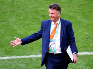 Head coach Louis van Gaal of the Netherlands reacts during the 2014 FIFA World Cup Brazil Group B match between Australia and Netherlands at Estadio Beira-Rio on June 18, 2014
