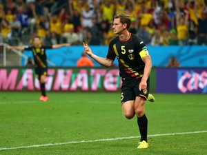 Jan Vertonghen of Belgium celebrates scoring his team's first goal during the 2014 FIFA World Cup Brazil Group H match between South Korea and Belgium at Arena de Sao Paulo on June 26, 2014