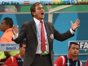 Costa Rica's Colombian coach Jorge Luis Pinto gestures during a Round of 16 football match between Costa Rica and Greece at Pernambuco Arena in Recife during the 2014 FIFA World Cup on June 29, 2014