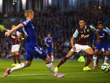 Andre Schurrle of Chelsea scores their second goal during the Barclays Premier League match between Burnley and Chelsea at Turf Moor on August 18, 2014