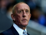 Huddersfield manager Mark Lillis looks on prior to the Sky Bet Championship match between Reading and Huddersfield Town at Madejski Stadium on August 19, 2014