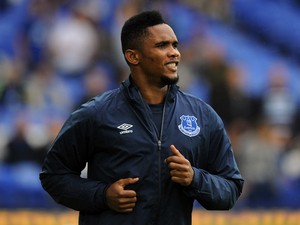 Samuel Eto'o of Everton warms up ahead of the Barclays Premier League match between Everton and Chelsea at Goodison Park on August 30, 2014