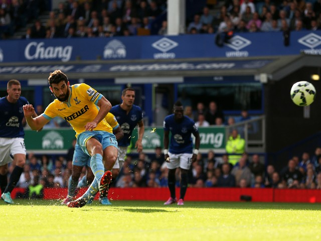 Mile Jedinak of Crystal Palace levels the scores at 1-1 as he scores from the penalty spotduring the Barclays Premier League match between Everton and Crystal Palace at Goodison Park on September 21, 2014