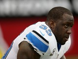 Middle linebacker Stephen Tulloch #55 of the Detroit Lions looks on prior to the start of the game against the Arizona Cardinals at University of Phoenix Stadium on September 15, 2013