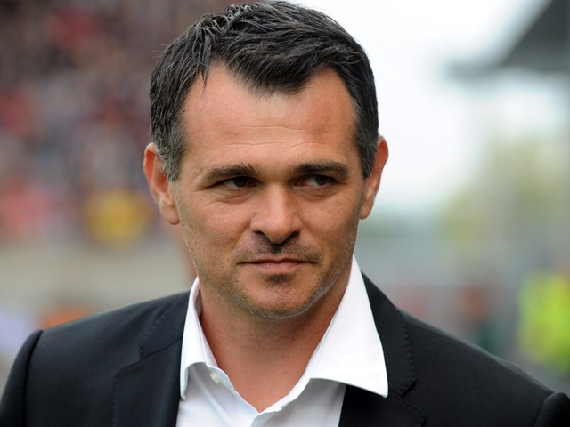 Bordeaux's French head coach Willy Sagnol looks on prior to the French L1 football match Guingamp vs Bordeaux on September 14, 2014