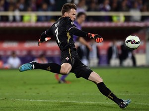 Norberto Neto goalkeeper of Fiorentina in action during the Serie A match between ACF Fiorentina and FC Internazionale Milano at Stadio Artemio Franchi on October 5, 2014