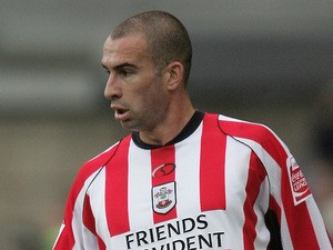 Danny Higginbotham of Southampton in action during the Coca-Cola Championship match between Millwall and Southampton at the New Den on October 22, 2005