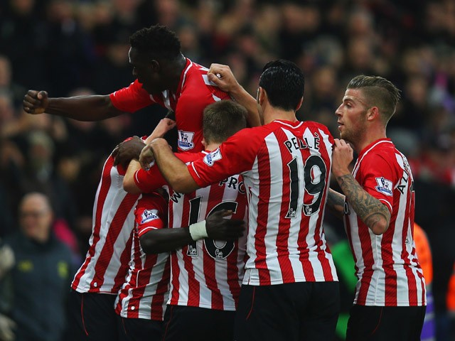 Sadio Mane of Southampton celebrates with team mates as he scores their first goal during the Barclays Premier League match between Southampton and Arsenal at St Mary's Stadium on January 1, 2015
