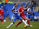 Daniel Williams of Reading battles for the ball with Ben Osborn of Nottingham Forest during the Sky Bet Championship match on February 28, 2015