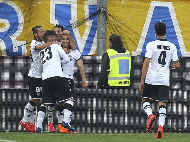 Jose Mauri of Parma FC celebrates with his team-mates after scoring the opening goal during the Serie A match between Parma FC and Juventus FC at Stadio Ennio Tardini on April 11, 2015