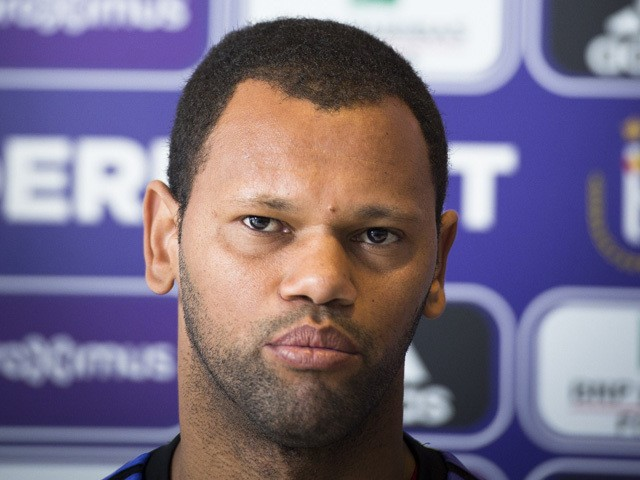 Anderlecht's new player Rolando speaks during at a press conference during his official presentation on February 5, 2015