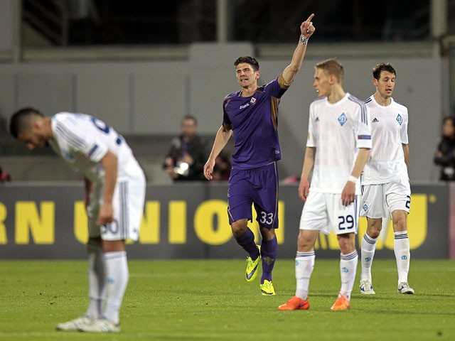 Mario Gomez of ACF Fiorentina celebrates after scoring a goal during the UEFA Europa League Quarter Final match between ACF Fiorentina and FC Dynamo Kyiv on April 23, 2015