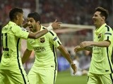 Barcelona's Brazilian forward Neymar da Silva Santos Junior (L) celebrates scoring his second goal with Barcelona's Uruguayan forward Luis Suarez (C) and Barcelona's Argentinian forward Lionel Messi during the UEFA Champions League football match semi fin