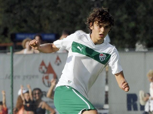 Enes Unal of Bursaspor Kulubu in action during the pre-season friendly match between AS Roma and Bursaspor Kulubu on July 21, 2013