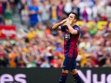 Xavi Hernandez of FC Barcelona applauds as he leaves the pitch during the La Liga match between FC Barcelona and RC Deportivo La Coruna at Camp Nou on May 23, 2015
