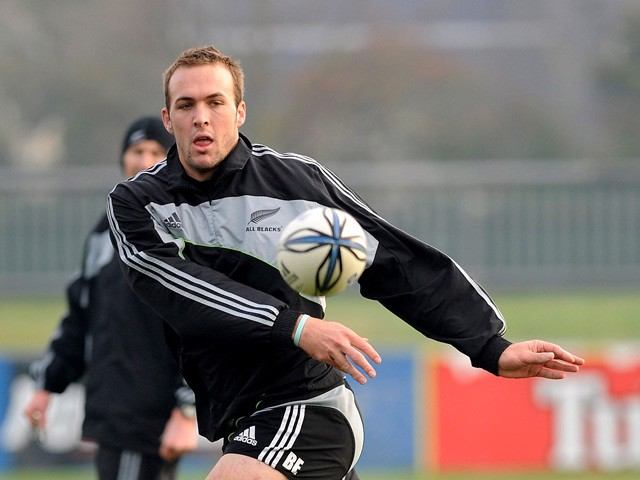 Bryn Evans in action during an All Blacks training session held at Rugby Park on June 25, 2009