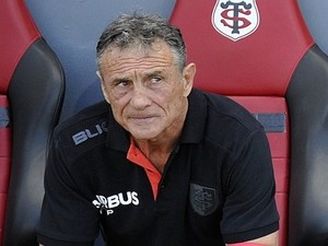 Guy noves named new france coach sports mole for Interieur sport guy noves