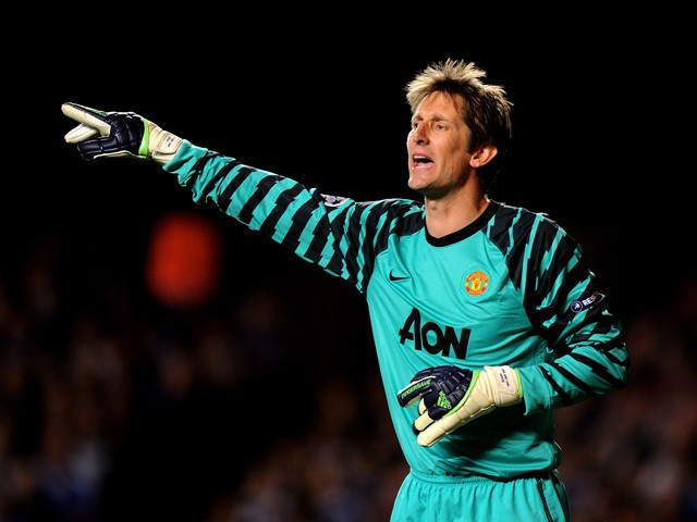 Goalkeeper Edwin Van Der Sar of Manchester United gestures during the UEFA Champions League quarter final first leg match between Chelsea and Manchester United at Stamford Bridge on April 6, 2011