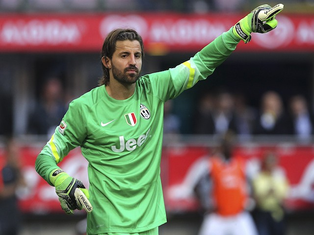 Marco Storari of Juventus FC gestures during the Serie A match between FC Internazionale Milano and Juventus FC at Stadio Giuseppe Meazza on May 16, 2015