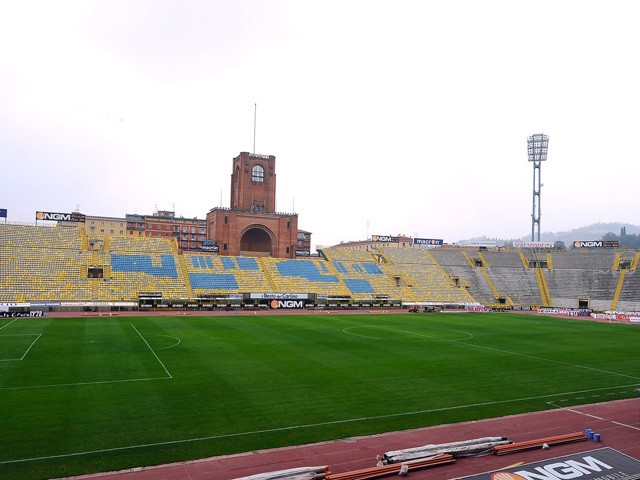 General view taken during the Serie A match between Bologna FC and US Citta di Palermo at Stadio Renato Dall'Ara on April 1, 2012