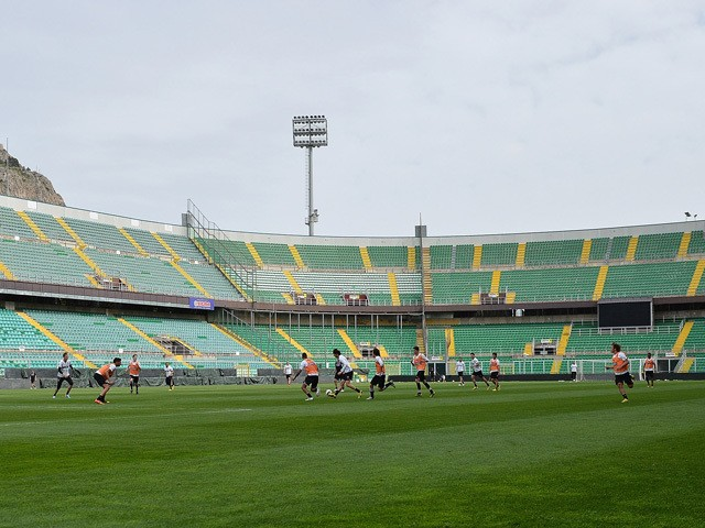 A general view during a Palermo training session at Stadio Renzo Barbera on April 4, 2013