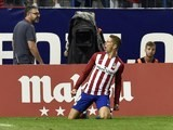 Fernando Torres drops to his knees after scoring for Atletico Madrid against Barcelona on September 12, 2015